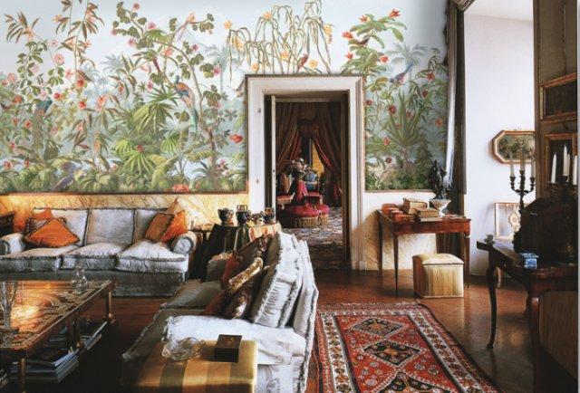 Растительный орнамент на стене в гостиной восточного стиля