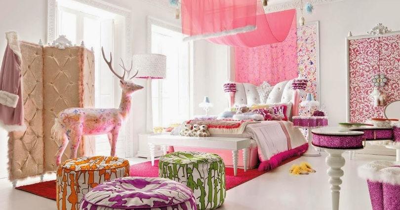 Кровать с балдахином в детской для девочки