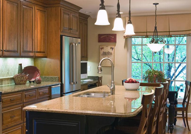 Пример правильного освещения на кухне