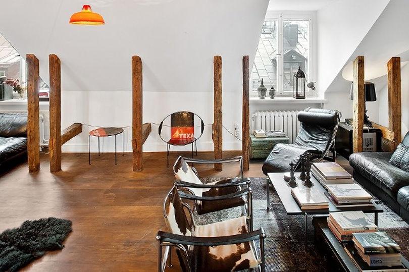 Квартира расположена в мансарде одного из домов Стокгольма