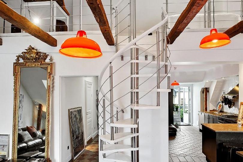 Витая лестница в квартире