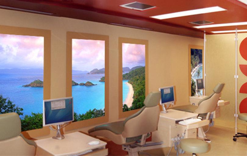 Виртуальные окна с подсветкой от Sky Factory