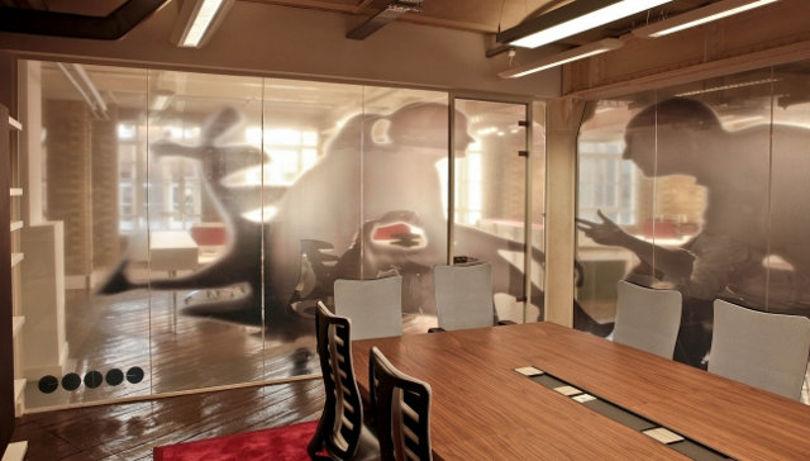 Дизайн офиса мебельной компании Famo