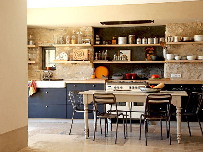 Сочетание разных стилей в интерьере кухни
