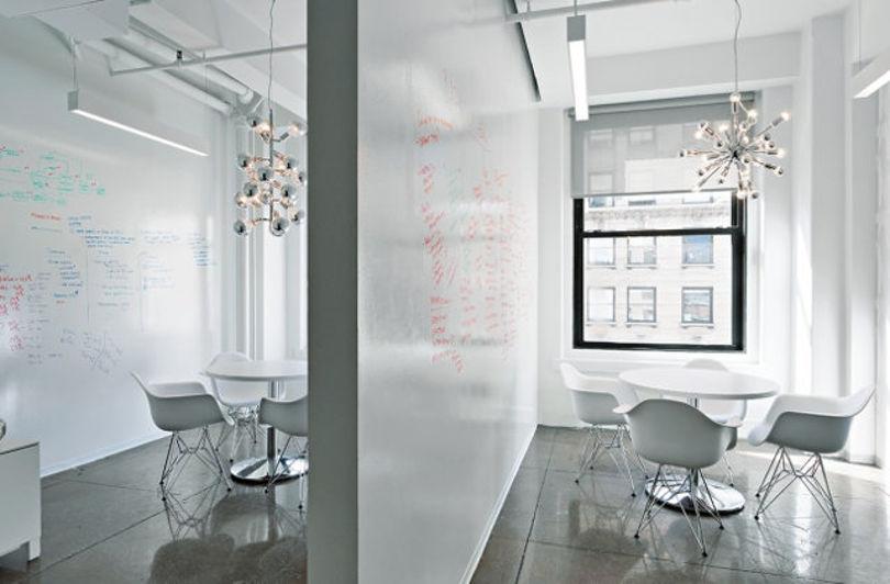 Дизайн офиса IT-компании Alexander Interactive