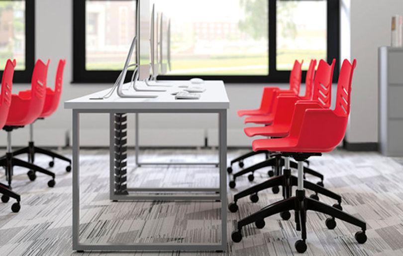 Офисное кресло Essay Seating