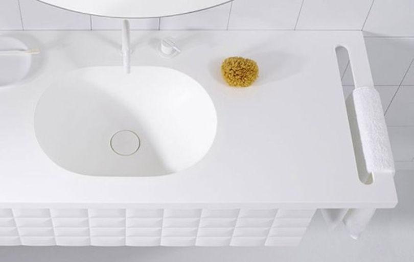 Чистота узоров и гармония текстур: тренд для оформления ванной